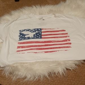 True Craft small white with flag tshirt